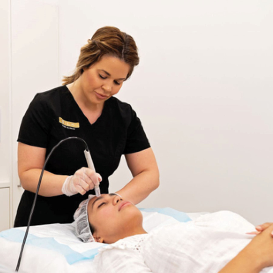 Treat Mum to Some Beauty Therapy at SILK Laser Clinics